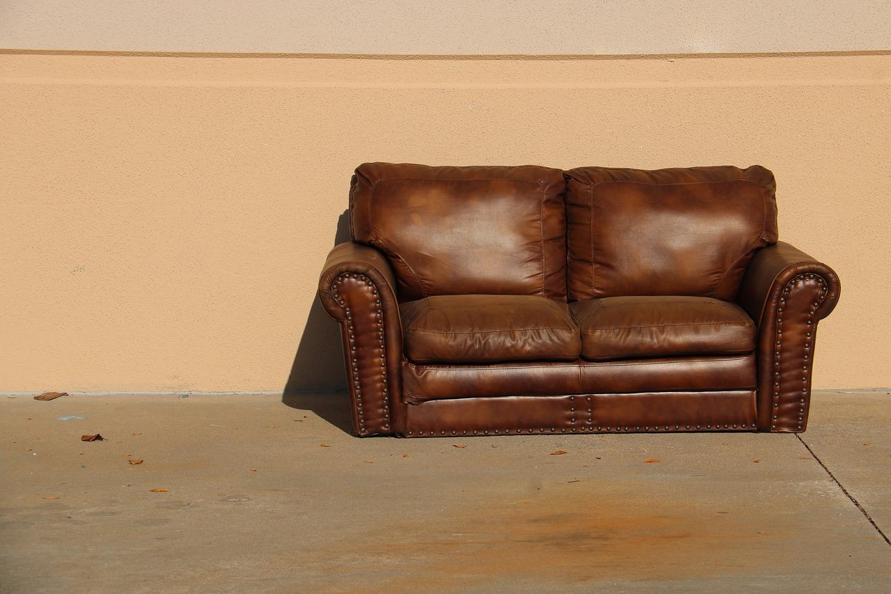Conseils pour nettoyer votre canapé en cuir